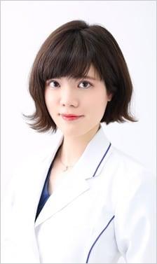 山崎 香名 医師