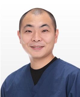 名倉 俊輔 医師