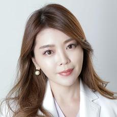 佐伯晃子医師