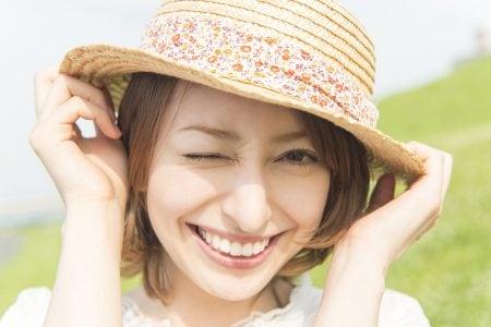 二重整形と眼瞼下垂の施術は美容面での施術と機能面での施術という違いがあります